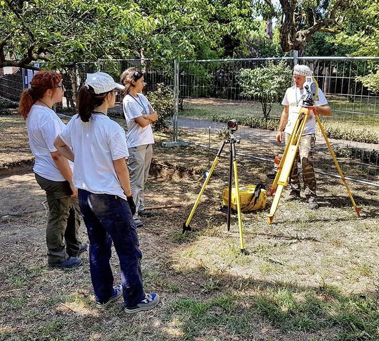 Lezione di rilievo archeologico